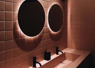 Nude tegels toilet