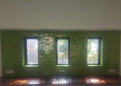 Spatwand in zelliges met ramen in verstek