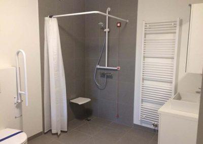 Betegeling badkamers assistentiewoningen